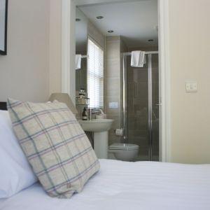 showerroom1.jpg